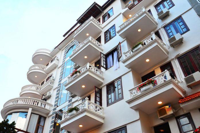 Khách sạn Chapa Dew